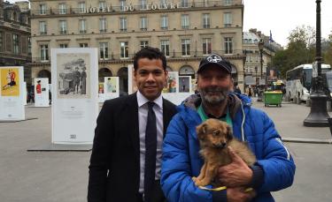 """Illustration : """"Le chien volé par l'association Cause Animale Nord rendu au SDF !"""""""