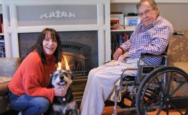 """Illustration : """"3 jours avant de perdre la vie, un homme fait tout pour trouver une famille à son chien senior"""""""