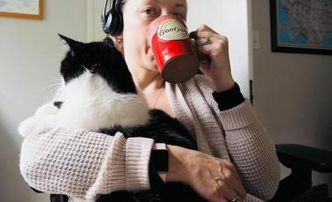 """Illustration : """"Un chat alerte sa propriétaire en détectant son cancer du sein"""""""